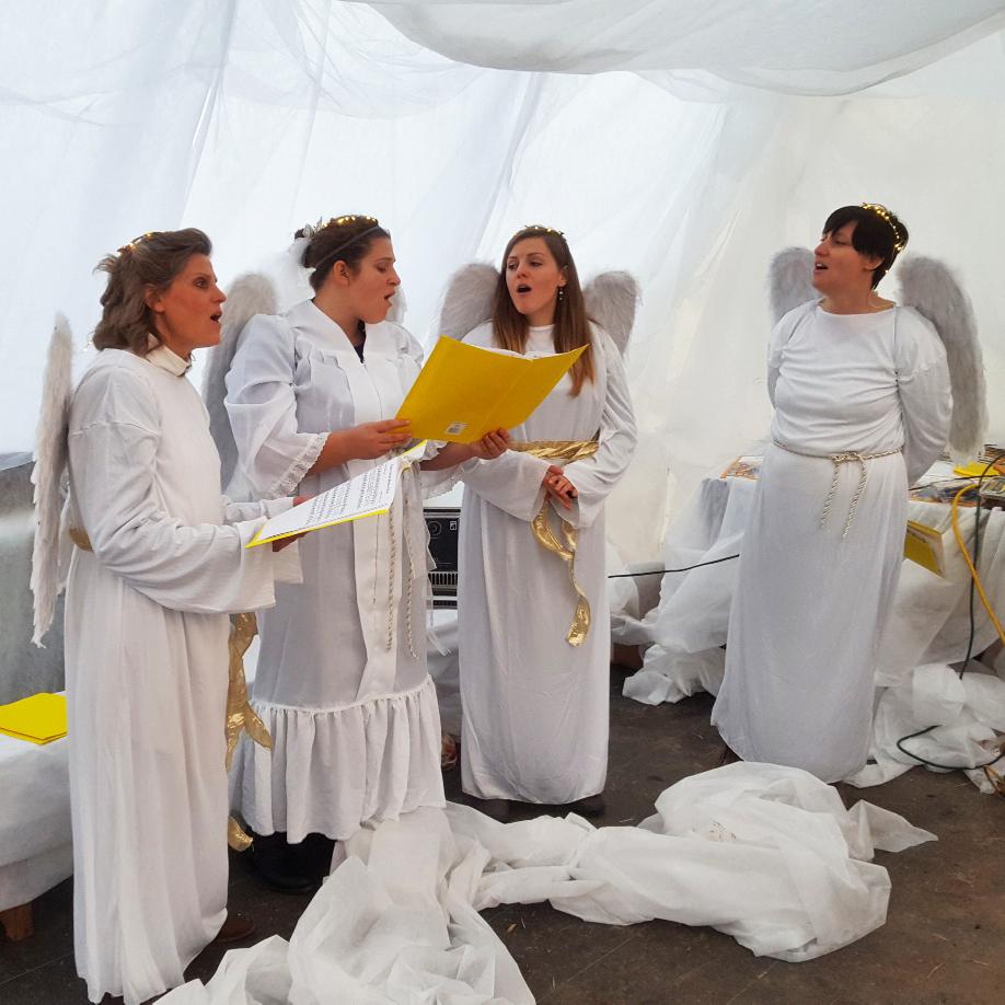 Angels Singing